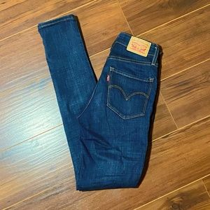 Levi's 721 High Rise Jeans size 24
